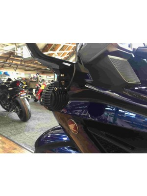 Goldwing '18 Under Mirror Auxiliary Bracket